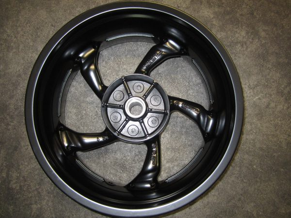 Broadened Rear wheel from 200 to 240 including tire