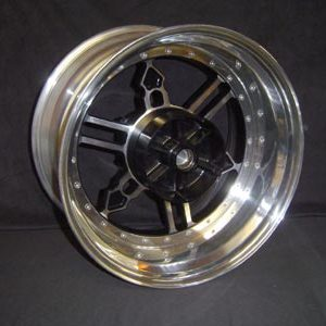Rear wheel Yamaha logo 1200 or 1700