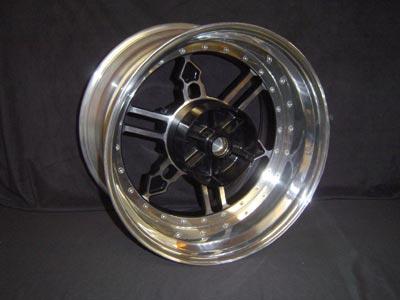 Rear wheel Yamaha logo 1200 or 1700